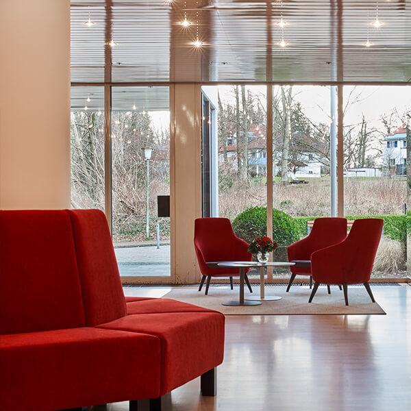 Hotelzimmereinrichtung Klinik Galeriebild