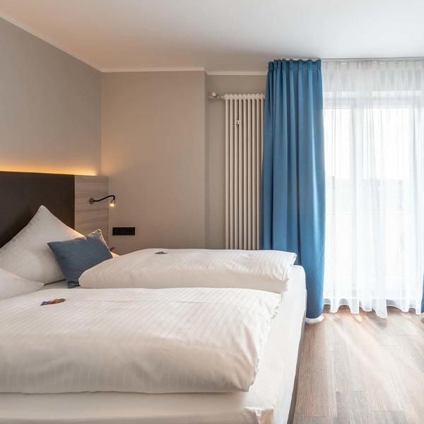 Hotelzimmereinrichtung Low Budget Galerie